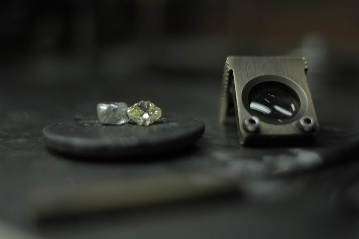 The Delicate Process of Cutting and Polishing A Diamond